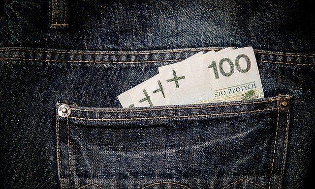 pieniądze, świadczenia,